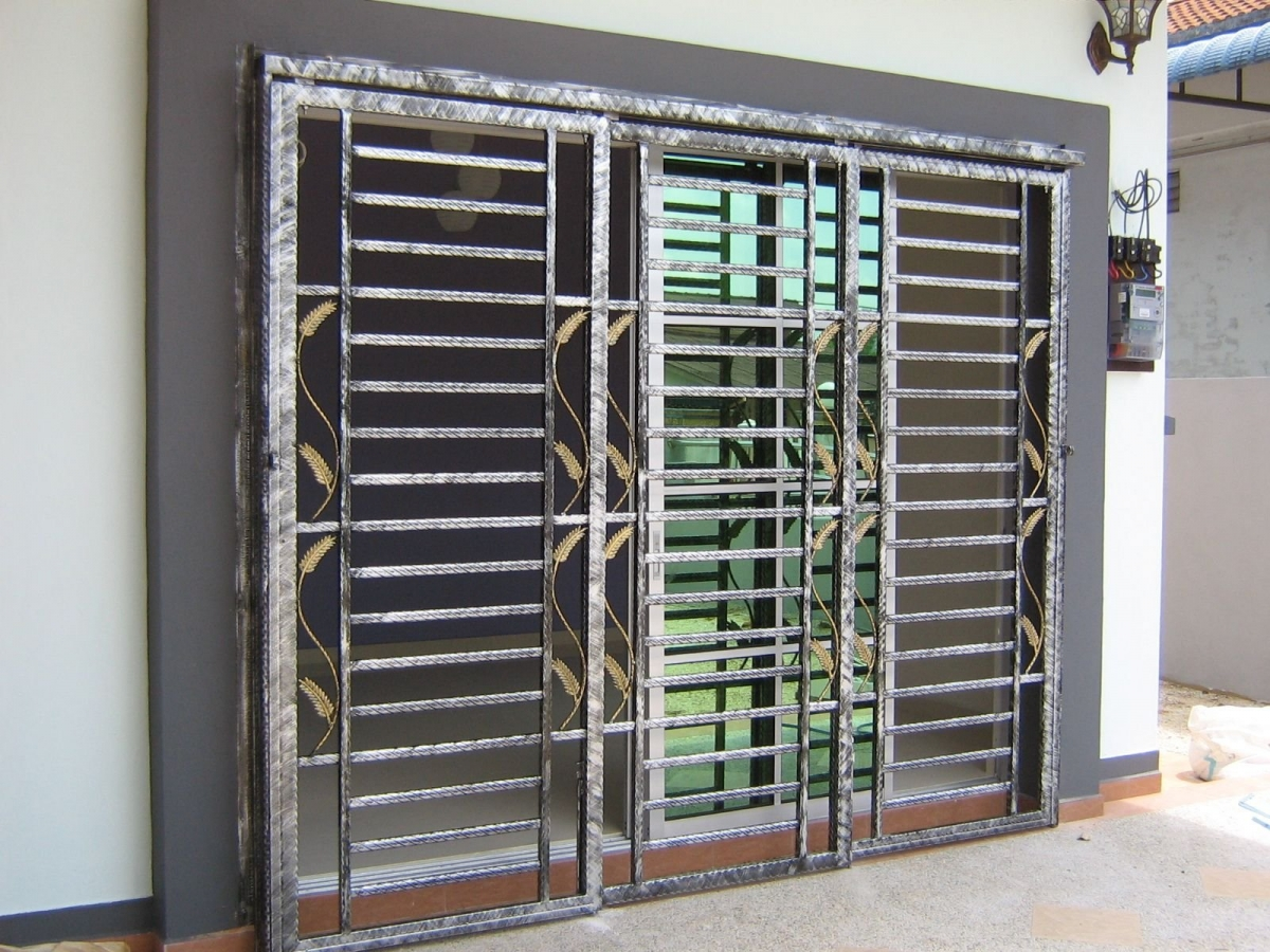 Mild steel window grill design the for Window design solutions